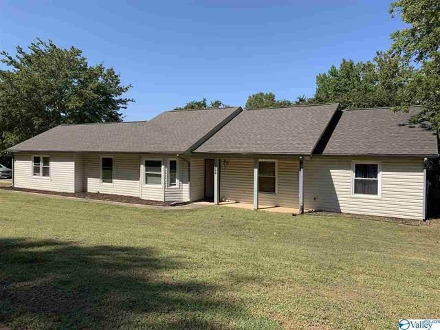 1305 Chimney Springs Drive, Huntsville, AL 35803 (MLS #1153452) :: RE/MAX Unlimited