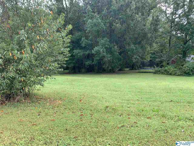 29 Wentworth Drive, Athens, AL 35613 (MLS #1153756) :: RE/MAX Distinctive | Lowrey Team