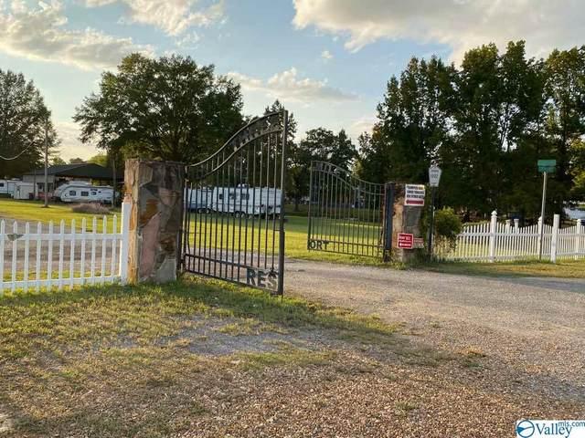 Lot 126 Three Mile Resort, Centre, AL 35960 (MLS #1153844) :: Legend Realty