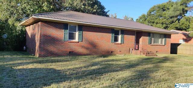 1208 8TH STREET SW, Decatur, AL 35601 (MLS #1154100) :: Coldwell Banker of the Valley