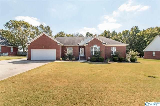 17800 Remington Drive, Athens, AL 35611 (MLS #1154503) :: MarMac Real Estate
