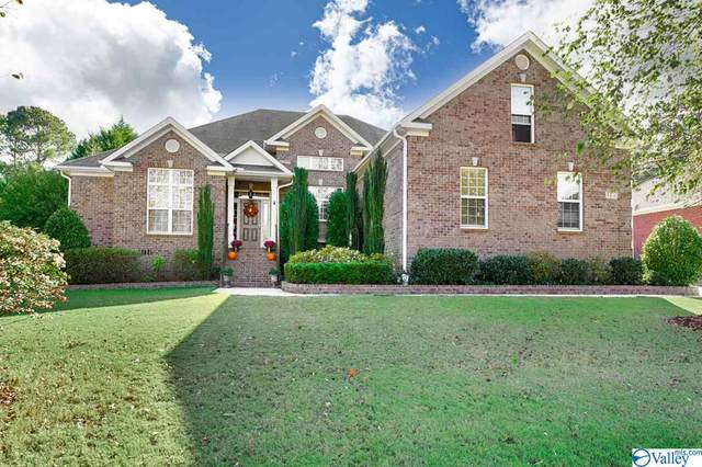 4406 Tree Ridge Circle, Owens Cross Roads, AL 35763 (MLS #1154755) :: LocAL Realty