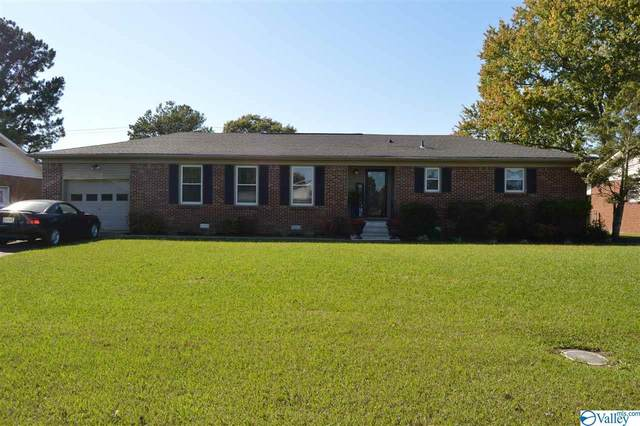 1809 19TH AVENUE, Decatur, AL 35601 (MLS #1155075) :: Coldwell Banker of the Valley