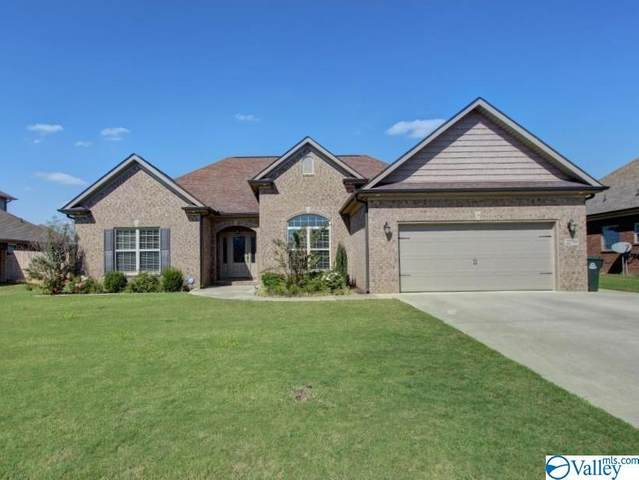 22759 Pinoak Drive, Athens, AL 35613 (MLS #1155142) :: Revolved Realty Madison