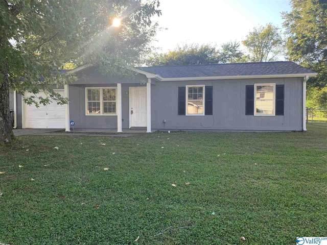 3229 Uvalde Lane, Huntsville, AL 35810 (MLS #1155143) :: MarMac Real Estate