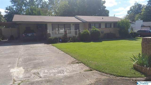 4313 Clayrest Drive, Huntsville, AL 35816 (MLS #1155355) :: MarMac Real Estate
