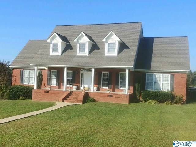 220 Fox Chase Drive, Hokes Bluff, AL 35903 (MLS #1155396) :: Revolved Realty Madison