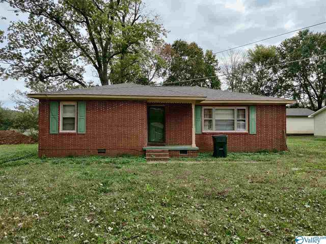 611 Greenville Pike, Hazel Green, AL 35750 (MLS #1155479) :: RE/MAX Distinctive | Lowrey Team