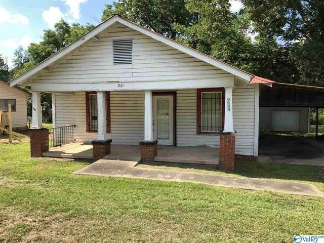 201 Greenleaf Street, Jacksonville, AL 36265 (MLS #1155511) :: Southern Shade Realty