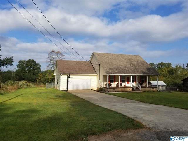 120 Robert Circle, Guntersville, AL 35976 (MLS #1155549) :: LocAL Realty