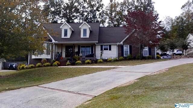 5501 Cedar Mill Drive, Guntersville, AL 35976 (MLS #1155581) :: Amanda Howard Sotheby's International Realty