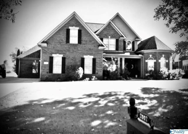 2002 Englewood Place, Decatur, AL 35603 (MLS #1155686) :: Legend Realty