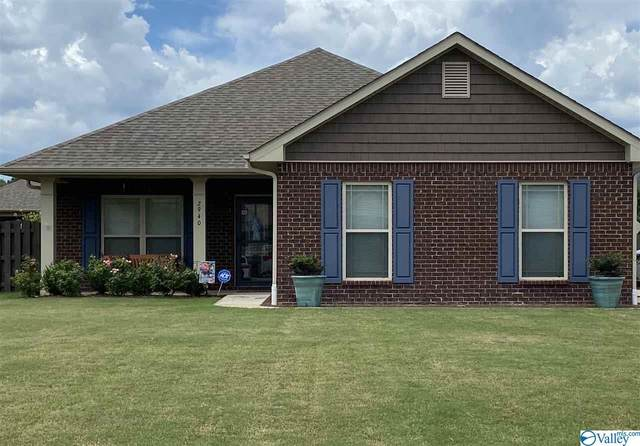 2940 SE Magnolia Park Drive, Owens Cross Roads, AL 35763 (MLS #1155826) :: Coldwell Banker of the Valley