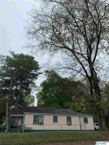 915 Magnolia Drive, Huntsville, AL 35801 (MLS #1155875) :: Rebecca Lowrey Group