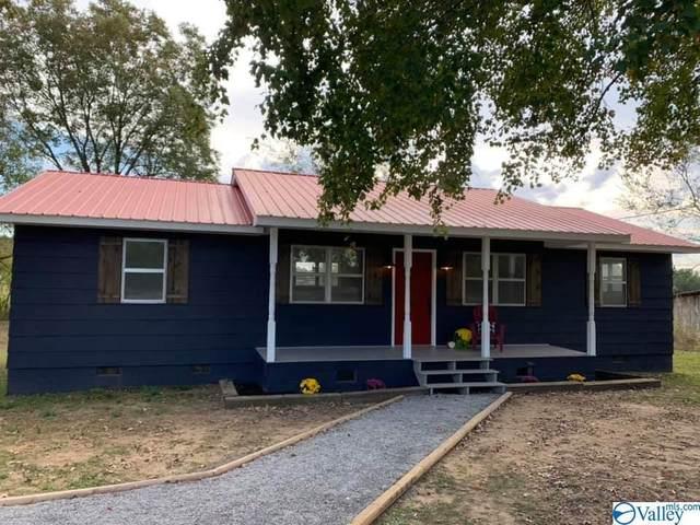 2402 Snodgrass Road, Scottsboro, AL 35769 (MLS #1155895) :: RE/MAX Unlimited