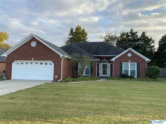 2013 Duncansby Drive, Decatur, AL 35603 (MLS #1155910) :: LocAL Realty