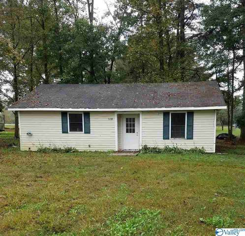 3688 Oneonta Cut Off, Albertville, AL 35950 (MLS #1155961) :: Coldwell Banker of the Valley
