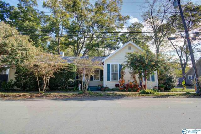 208 White Street, Huntsville, AL 35801 (MLS #1155972) :: MarMac Real Estate
