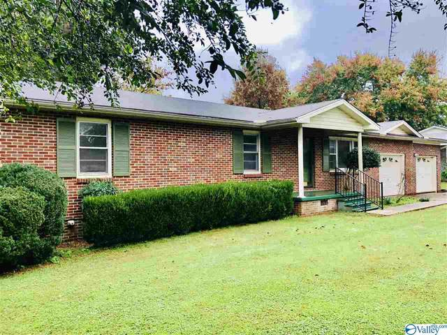 1421 North Houston Street, Athens, AL 35611 (MLS #1156014) :: Coldwell Banker of the Valley