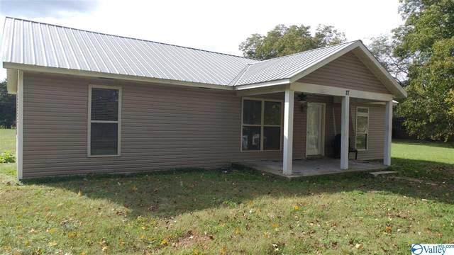 27 Old Somerville Road, Priceville, AL 35603 (MLS #1156072) :: Revolved Realty Madison