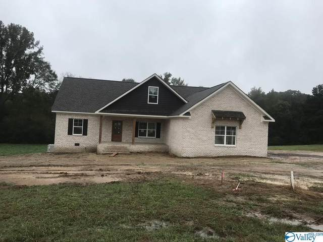 643 Crestman Dr, Arab, AL 35016 (MLS #1156538) :: Coldwell Banker of the Valley