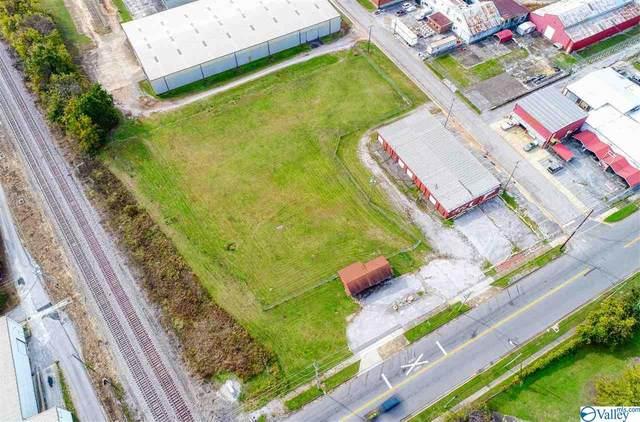 212 1st Avenue, Decatur, AL 35601 (MLS #1156566) :: LocAL Realty