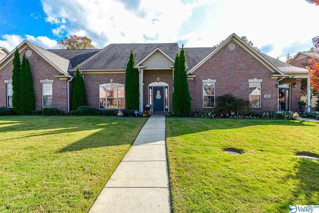 111 Jackson Way, Decatur, AL 35603 (MLS #1156712) :: Coldwell Banker of the Valley
