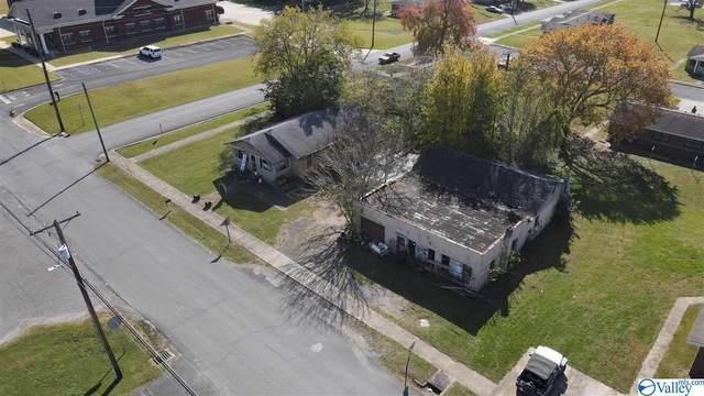 162 14TH STREET, Fort Payne, AL 35967 (MLS #1156788) :: Revolved Realty Madison