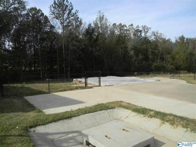 2280 Cypress Bend Circle, Hokes Bluff, AL 35903 (MLS #1156789) :: Rebecca Lowrey Group