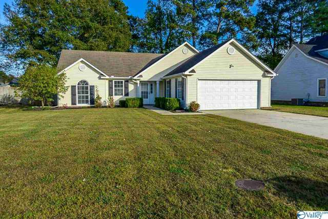 1805 East Brownstone Court, Decatur, AL 35603 (MLS #1156792) :: LocAL Realty