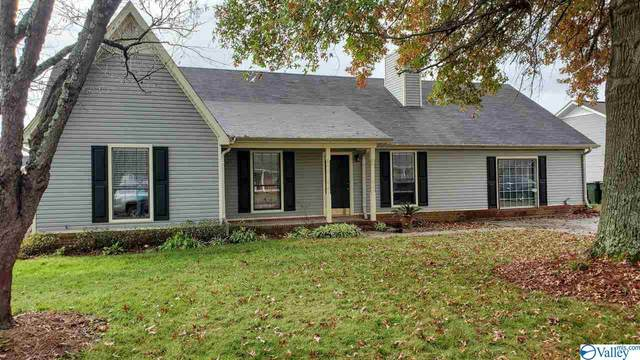 2309 Winthrop Drive, Decatur, AL 35603 (MLS #1156900) :: MarMac Real Estate
