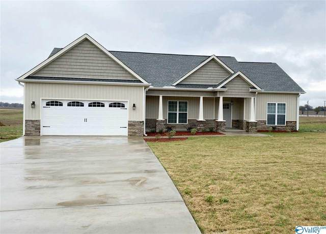 9058 Trails End Drive, Athens, AL 35611 (MLS #1156938) :: RE/MAX Distinctive | Lowrey Team