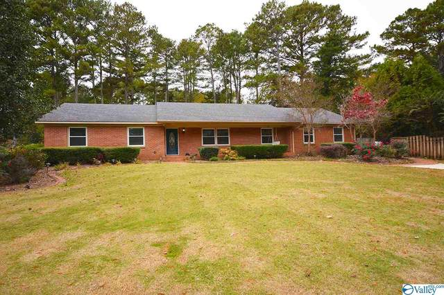 2813 Hunterwood Drive, Decatur, AL 35603 (MLS #1156975) :: Coldwell Banker of the Valley