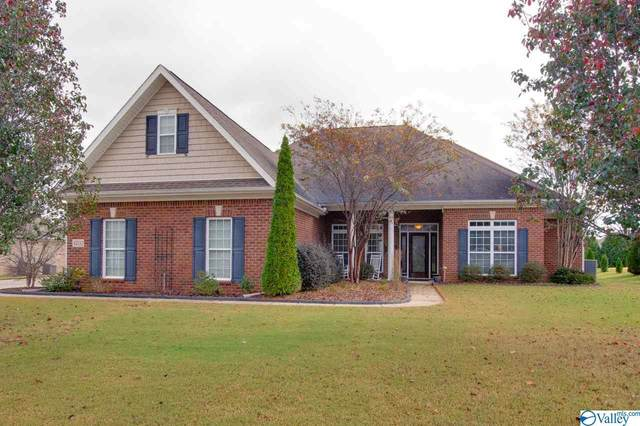 4702 Autumn Dusk Drive, Owens Cross Roads, AL 35763 (MLS #1157065) :: Coldwell Banker of the Valley