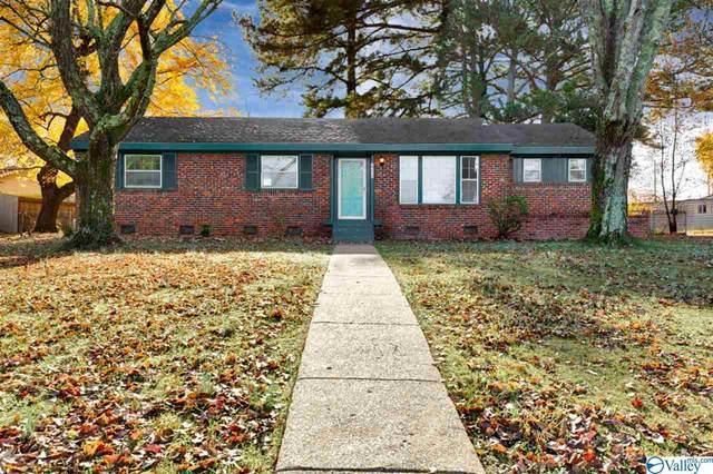 2218 Morningside Drive, Huntsville, AL 35810 (MLS #1157308) :: MarMac Real Estate