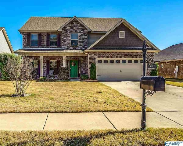 3011 SE Magnolia Leaf Circle, Owens Cross Roads, AL 35763 (MLS #1157354) :: MarMac Real Estate