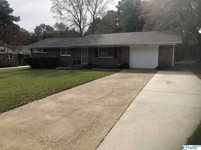 2403 Crestview Drive, Decatur, AL 35601 (MLS #1157361) :: MarMac Real Estate