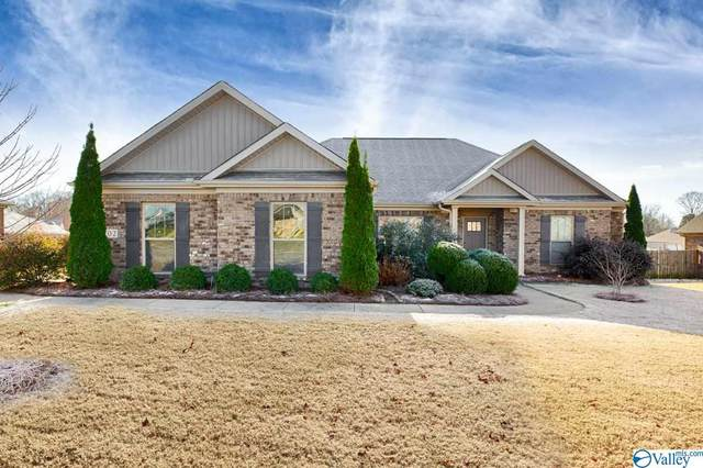 102 Swallow Hill Lane, Hazel Green, AL 35750 (MLS #1157581) :: Coldwell Banker of the Valley