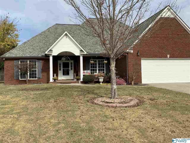 803 Meadowview Drive, Hartselle, AL 35640 (MLS #1157602) :: MarMac Real Estate