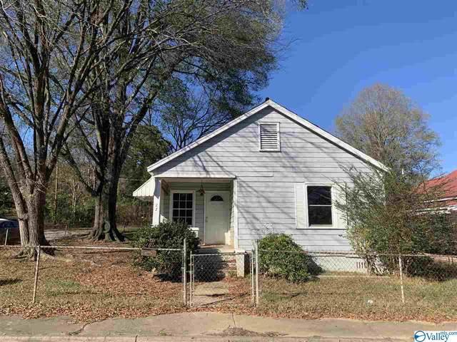 22 E Wilkinson Avenue, Gadsden, AL 35904 (MLS #1770125) :: The Pugh Group RE/MAX Alliance