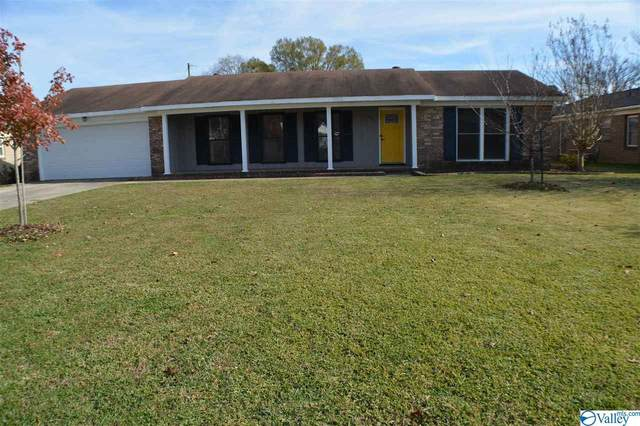 1703 Camellia Drive, Decatur, AL 35601 (MLS #1770244) :: Southern Shade Realty