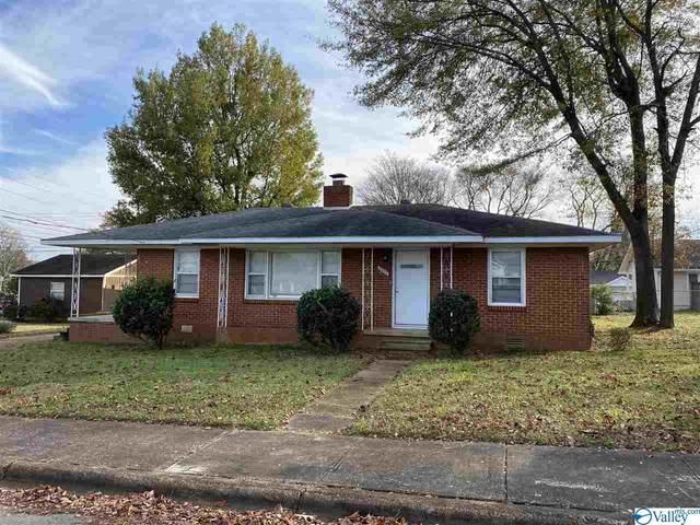 2203 NW Fitchard Avenue, Huntsville, AL 35816 (MLS #1770302) :: Rebecca Lowrey Group