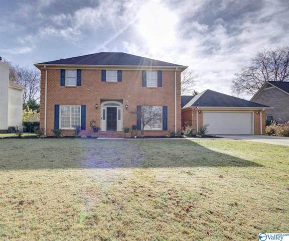 1009 Cedarwood Drive, Decatur, AL 35603 (MLS #1770411) :: Coldwell Banker of the Valley