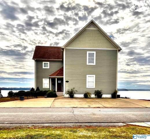 6066 Bay Hill Drive, Athens, AL 35611 (MLS #1770654) :: Southern Shade Realty