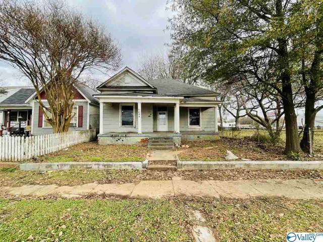 922 5TH AVENUE, Decatur, AL 35601 (MLS #1770692) :: Southern Shade Realty
