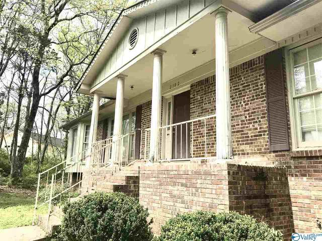 2102 Southline Drive, Huntsville, AL 35810 (MLS #1771481) :: Southern Shade Realty