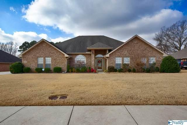 102 Ash Grove Drive, Huntsville, AL 35824 (MLS #1771615) :: Southern Shade Realty