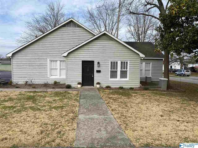 757 Lawrence Street, Moulton, AL 35650 (MLS #1772141) :: The Pugh Group RE/MAX Alliance