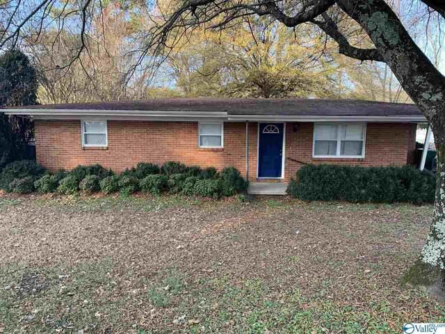 2704 Oakwood Avenue, Huntsville, AL 35810 (MLS #1772369) :: Amanda Howard Sotheby's International Realty