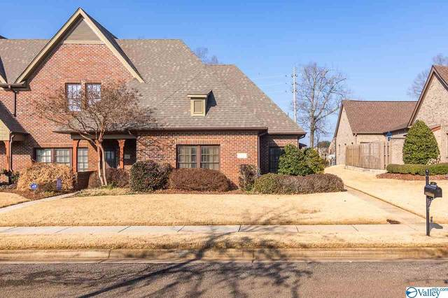 112 Bell Tower Lane, Huntsville, AL 35824 (MLS #1772667) :: Rebecca Lowrey Group